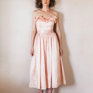 Vintage Light Pink 70s/80s Gunne Sax Formal Dress